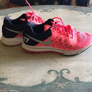Nike zoom Pegasus sneakers size 8
